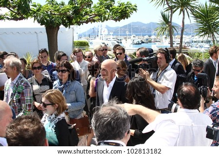 CANNES, FRANCE - MAY 16: Bruce Willis poses at the 'Moonrise Kingdom' photocall during the 65th Annual Cannes Film Festival at Palais des Festivals on May 16, 2012 in Cannes, France.