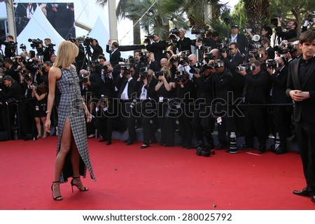 CANNES, FRANCE - MAY 20, 2015: Karlie Kloss attends the 'Youth' Premiere during the 68th annual Cannes Film Festival on May 20, 2015 in Cannes, France.