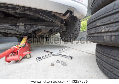 Car Jack Stock Images Royalty Free Images Amp Vectors