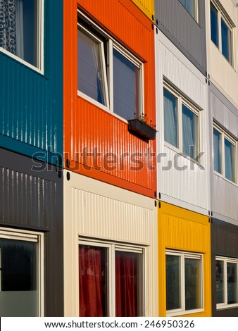 cargo container flat to solve housing problem