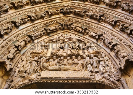 Cathedral of Leon door gothic arch in Castilla at Spain