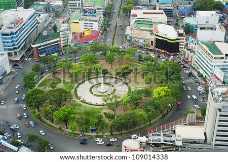 CEBU, PHILIPPINES - MAY 18: Fuente Osmena Circle on May 18, 2012, in Cebu, Philippines. Fuente Osmena circle was built on 1912. Now is the center for cultural, social, and political happenings of Cebu
