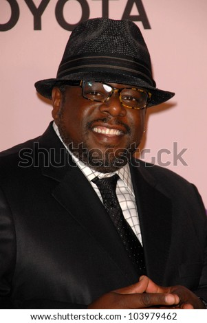 Cedric the Entertainer  at the 2009 Environmental Media Association Awards. Paramount Studios, Los Angeles, CA. 10-25-09
