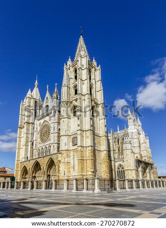 Central facade, towers and rose window of the cathedral of Leon, Castilla y Leon, Spain.