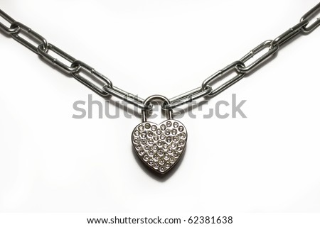 chain with padlock heart