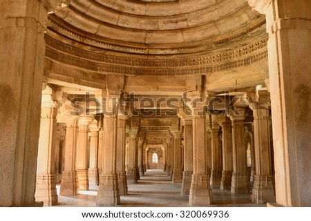 Champaner - Pavagadh Archaeological Park is a historical city in the state of Gujarat.  (UNESCO). Sahar ki Masjid mosque - stock photo