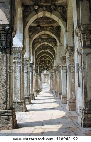 CHAMPANER PAVAGADH, GUJARAT/ INDIA-OCTOBER 3: Jami Masjid on October 3, 2012 in Champaner Pavagadh. A UNESCO World Heritage site built in 16th century  A.D.  Amazing cloister architecture.