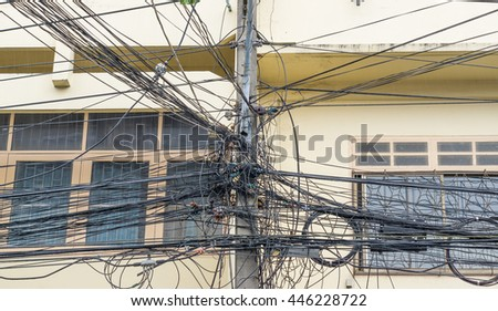 Chaos electric wires.