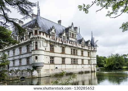 Chateau of Azay-le-Rideau was built from 1515 to 1527 - one of earliest French Renaissance chateaux. Built on an island in Indre River, its foundations rise straight out of water.
