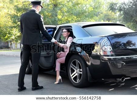 Taxi Driver Unlock Car Door Service