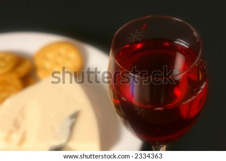 Cheese, crackers and red wine