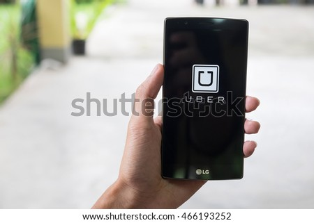 CHIANG MAI, THAILAND AUG 11, 2016 :Uber mobile apps. Uber - Company of San Francisco, established under the eponymous mobile application for searching, calling and paying a taxi or private drivers.