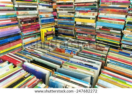 CHIANG MAI, THAILAND - JANUARY 23 : CHIANG MAI UNIVERSITY Book Fair (CMU.), Shops and publishing the book festival to students on the cheap. on January 23 , 2015 in Chiang Mai,Thailand. - stock photo