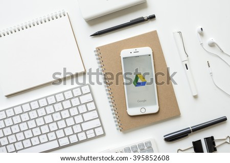 apple thailand office. CHIANGMAI, THAILAND - FEBRUARY 16, 2016: Apple IPhone 6s White Gold Display Google Thailand Office H