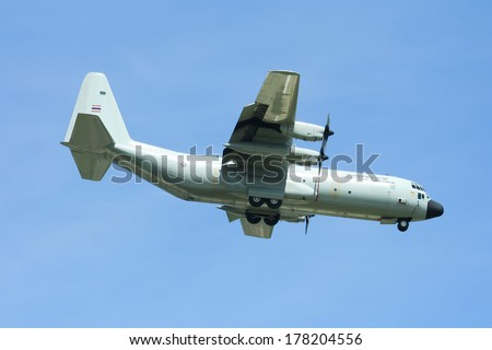 CHIANGMAI ,  THAILAND -JULY  10  2009: 60111 C-130 of Royal Thai Air force.  Landing to Chiangmai  Airport.