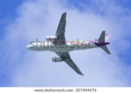 CHIANGMAI , THAILAND- JULY 25 2014 : HS-TXF Airbus A320-200 of Thaismile airway. Take off from Chiangmai airport To Phuket.