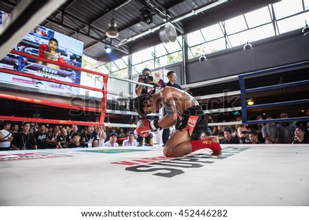"CHIANGMAI , THAILAND - JUN 18 2016: Unidentified players in Muaythai "" Warmup PK group Super Fight"""