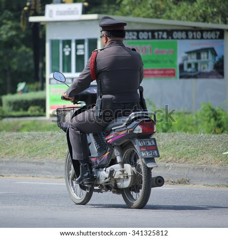 CHIANGMAI, THAILAND -OCTOBER  1 2015:  Motorbike and  Police of Sansai Police Station. Photo at road no.121 about 8 km from downtown Chiangmai, thailand.