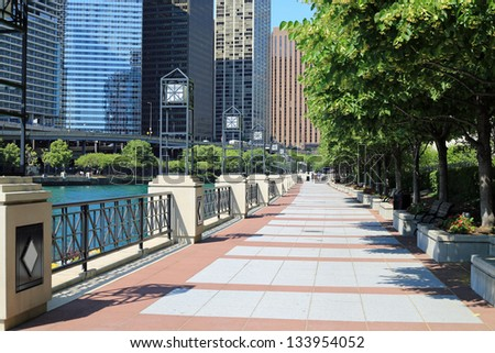Chicago's beautiful Riverwalk along the Chicago River - stock photo