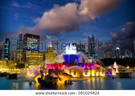 Chicago skyline with Buckingham fountain at dusk, United States