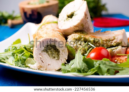 chicken roll with pesto sauce