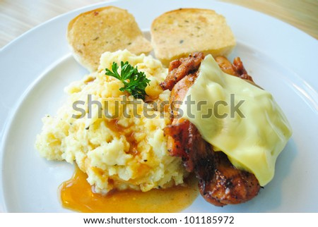 Chicken steak with mashed potatoes