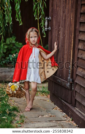 Knocking On Door Stock Photos Images Amp Pictures