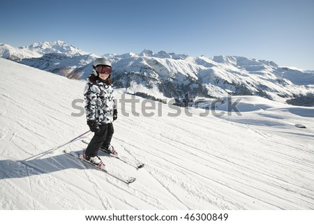 Child in ski, Areches, Savoie, Beaufortain, France