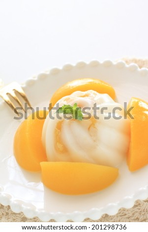 Chinese dessert, Agar Jelly and peach