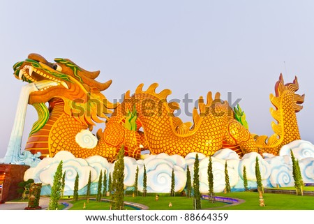 Chinese dragon statue with blue sky