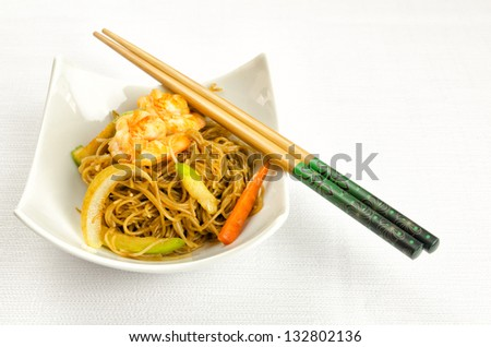 Chinese noodles with prawn, traditional chinese plate - stock photo