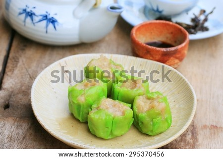 Chinese steamed shrimp dumplings - stock photo
