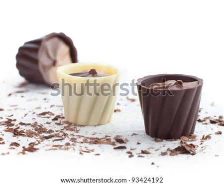 chocolate baskets and chips on a white background.