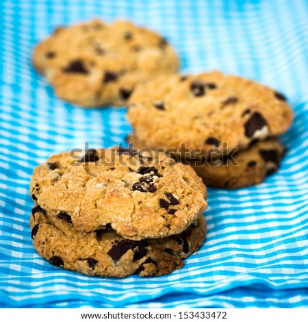 Chocolate chips cookies on blue napkin