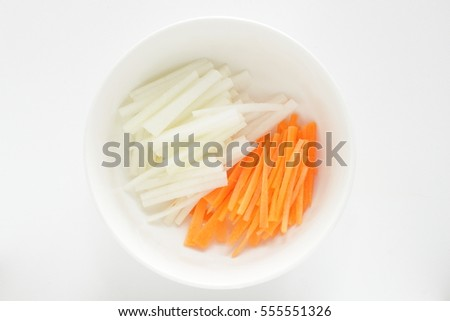 chopped radish and carrot