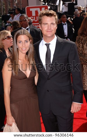CHRIS O'DONNELL & wife at the 57th Annual Primetime Emmy Awards in Los Angeles. September 18, 2005  Los Angeles, CA.  2005 Paul Smith / Featureflash
