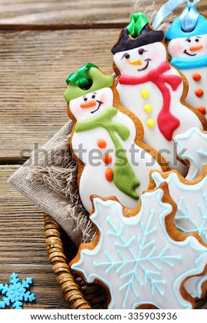Christmas cookies in a wicker basket, xmas