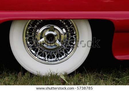 Chrome rim on a american car - stock photo
