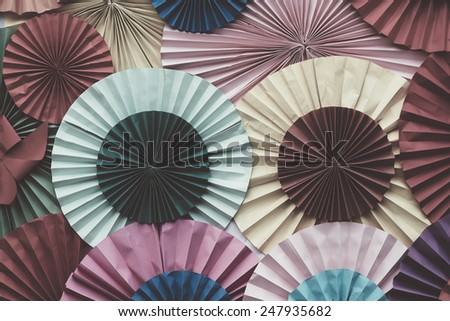 Circle Shape folding paper with retro filter effect