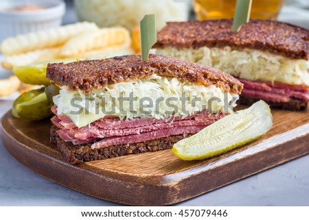 how to make thousand island dressing for reuben