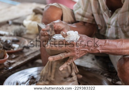 Clay ware making process in Thailand