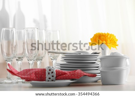 Clean dishes on the table