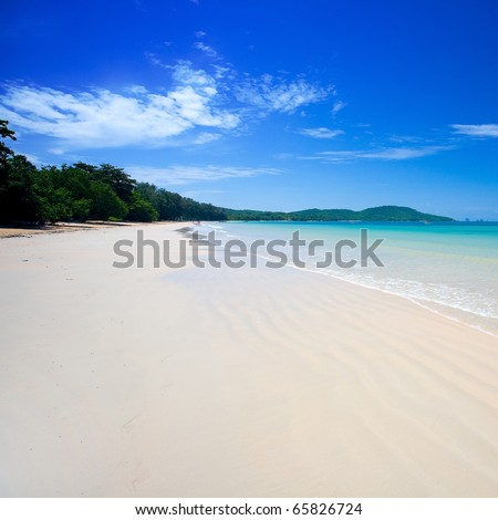 Clear waters of the Andaman sea with blue skies - stock photo