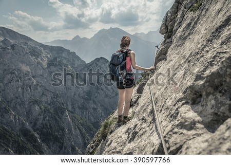 climbing woman at Mannlsteig, germany