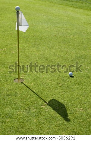close finish with hole in one