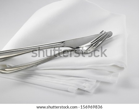 close u of the table setting