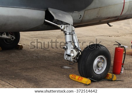 close up of an airplane undercarriage or landing gear