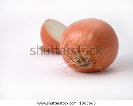 close up of brown onions