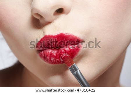close up of girl's lips zone makeup