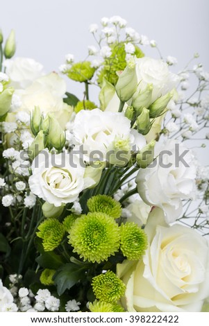 Close up of white roses
